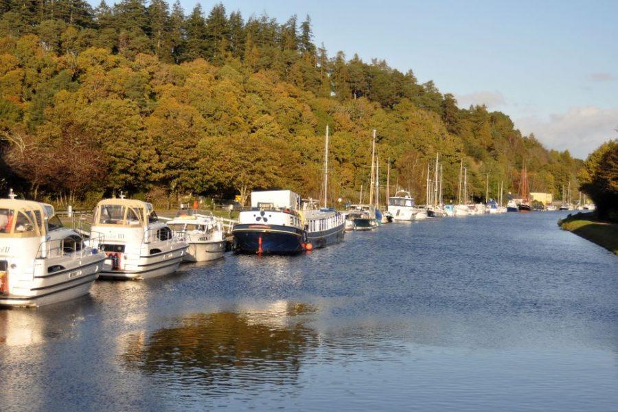 Explore Great Glen in Scotland self guided.