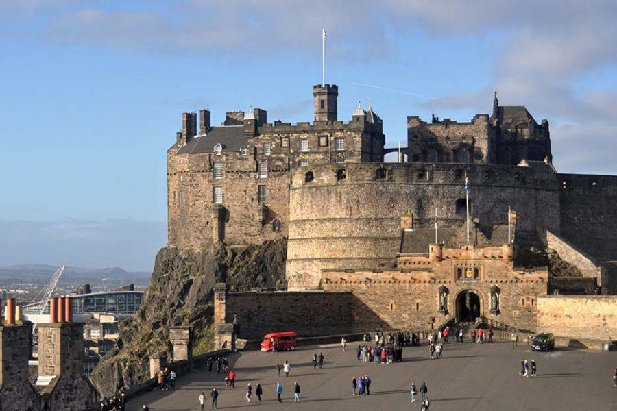 Edinburgh Castle sollten Sie auf einer Bahnreise durch Schottland auf ihrer to-do-Liste haben.