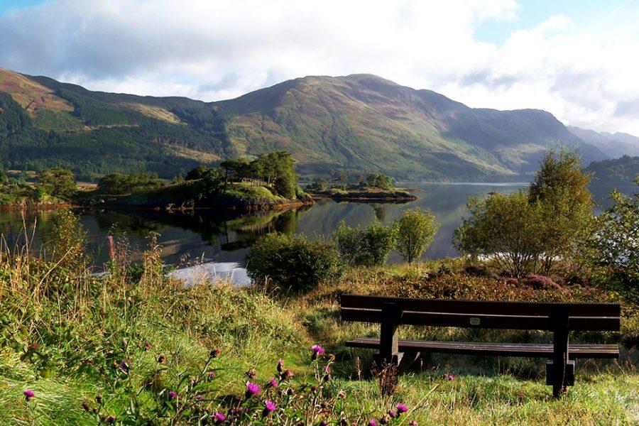 Auf der individuellen Wanderreise West Highland Way streift man auch Glencoe, das beruehmteste Tal Schottlands.