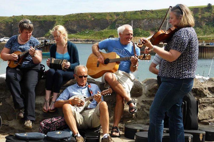 Segeln in Schottland kann man mit der Schottlandreise Segeln und Musik verbinden.